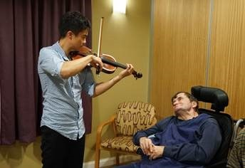 A private performance for a Footscray resident